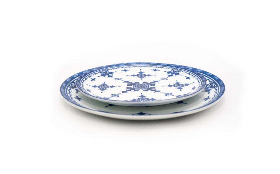 ensemble deux assiettes 20 et 25 cm en porcelaine Minyadina gamme bleu berbère